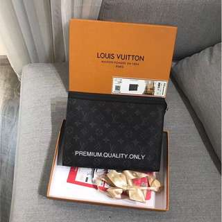 LV Pochette Voyage MM-Monogram Eclipse Canvas