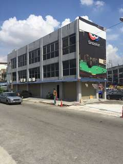 Shop lot for rent , looking for mamak running 24 hour