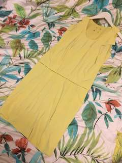 Calvin Klein milk yellow ruffles dress 💛💛