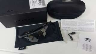 New Oakley Radar EV Path Photocromic Cycling Sunglasses 100% New, 100% Authentic