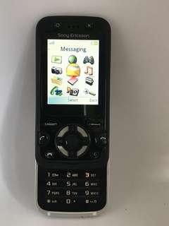 Sony Ericsson F305 Slide