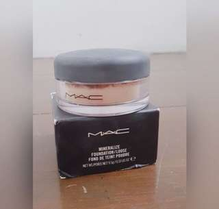 M.A.C Mineralize Loose Powder