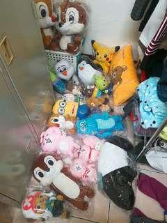 大量娃娃,搬家隨意賣