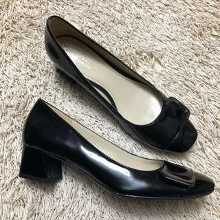 Authentic NATURALIZER Black Chunky Patent Shoes