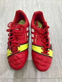 💯 Authentic Adidas Football / Soccer Shoes