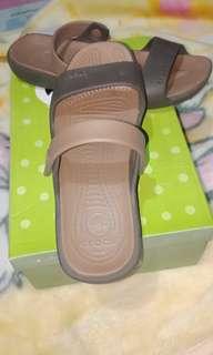 Repriced!!!Original crocs sandals