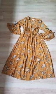 BN Sgos Bell Sleeve Maxi Dress