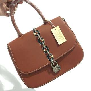 New official Sling / Hand Bag LV Brown ( Not Original But Really High Quality)