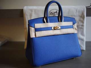 Hermes Birkin 25cm 7T Electric Blue Togo Leather with Gold Buckle Full set with shop original receipt, please inbox for more details. Thanks😊