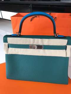 全新Kelly 32cm 特別版 Stamp C 3款皮料拼3隻顏色😍😍😍 Z6 Malachite/ Noir/ Bleu Zanzibar  Togo/ Box/ Evercolour Leather  Full set with original receipt  Please inbox💌for more details❤️ Thanks😘