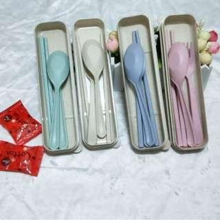 韓國 小麥餐具組 小麥桔桿餐具三件套 筷子 叉子 湯匙 野餐餐盒 送禮 婚禮小物 ♬胖胖小屋