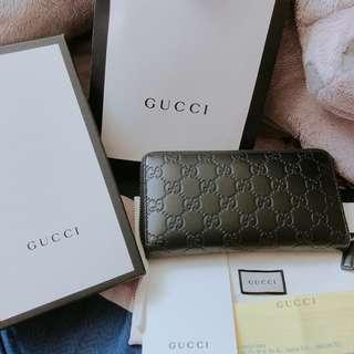 🚚 Gucci壓紋長夾