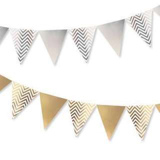 Chevron Party Flags (Silver/Gold)