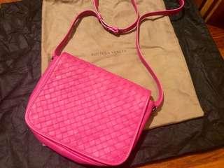 BV Crossbody Pink
