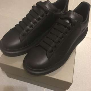 Alexander Mcqueen sneaker 便服鞋 (全新有盒)購自Mr porter.歡迎發問