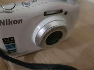 nikon camera Rm 250