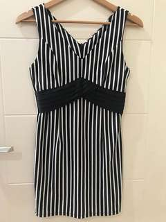 Line black n white dress