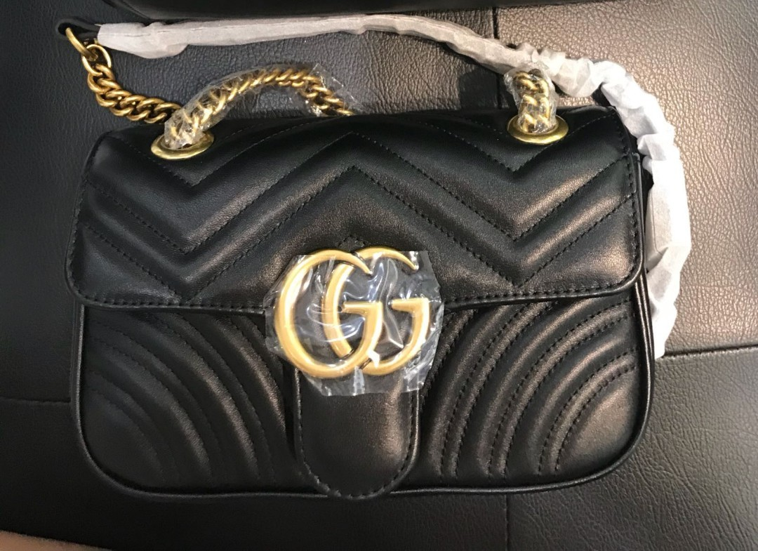ff9130d4b71 BN Gucci GG Marmont Shoulder Bag