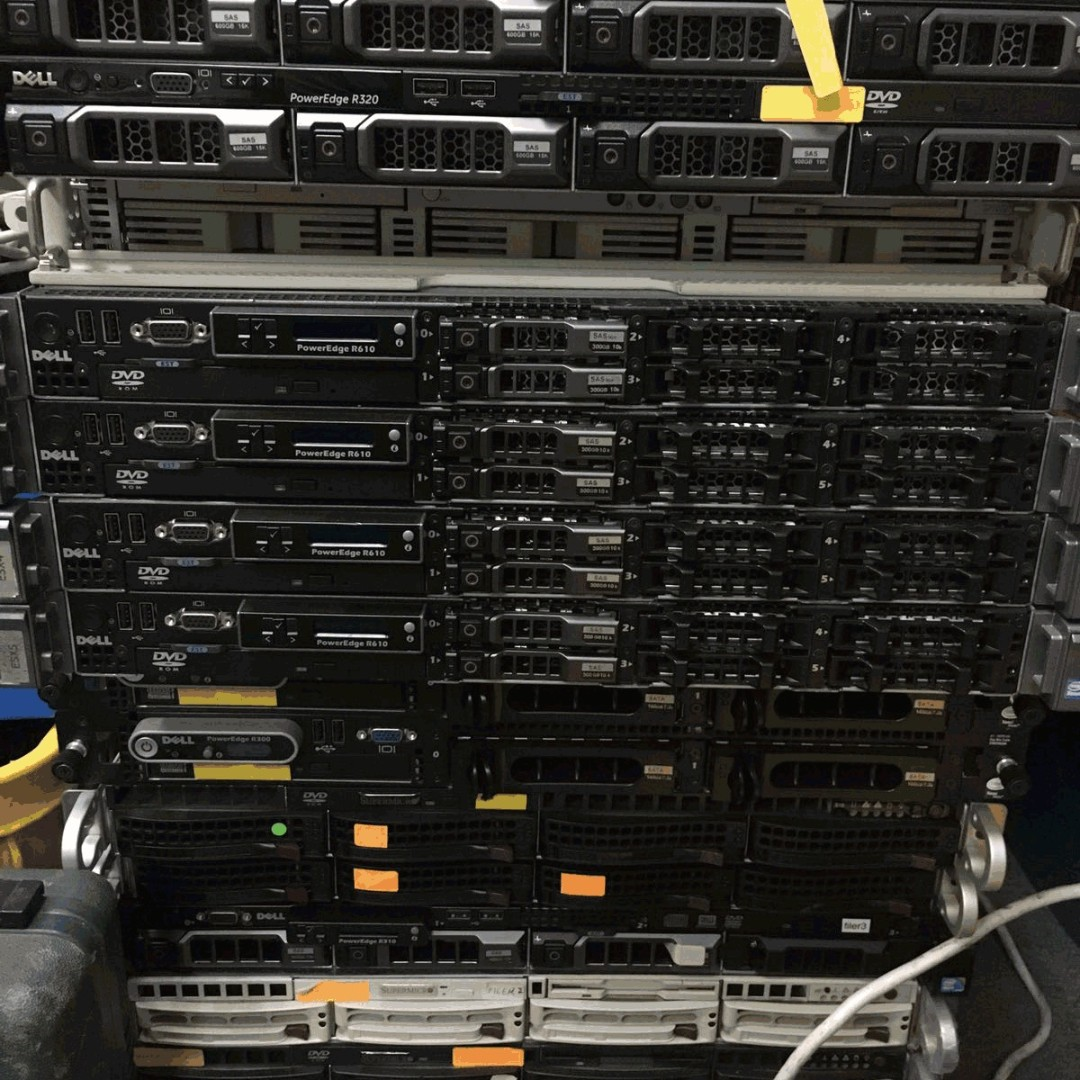 Dell R320 server -Pre-owned working condition fresh from datacenter