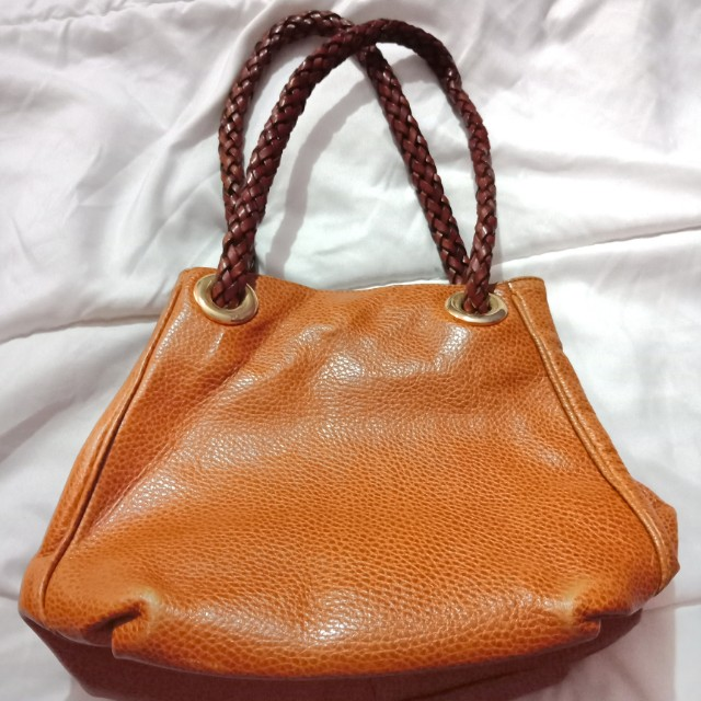 0fe69dbe65 Desmo Italian Leather Handbag