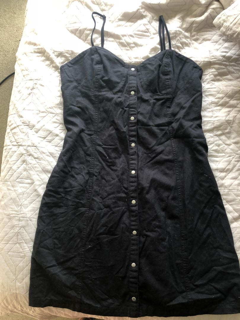Glassons button up dress