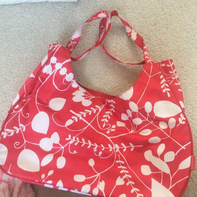 handy beach bag