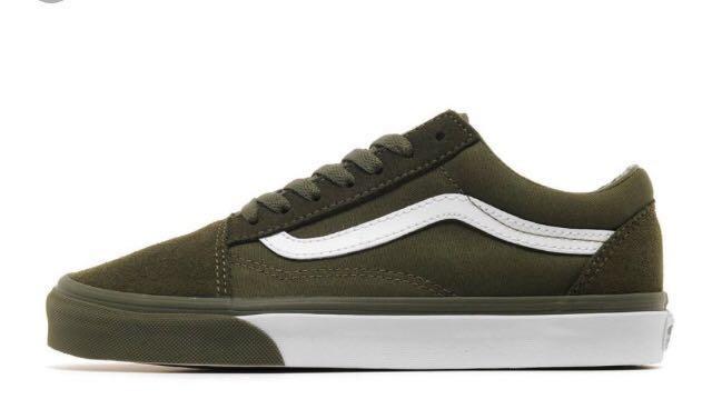 1cd3e6c89a Vans Old Skool (Mono Bumper Ivy Green   True White