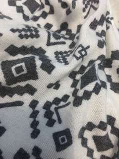 Cardigan aztec bohemian monochrome