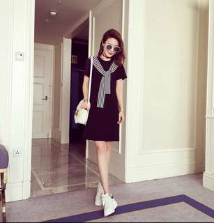 Short dress with sporty scarf (Size L)