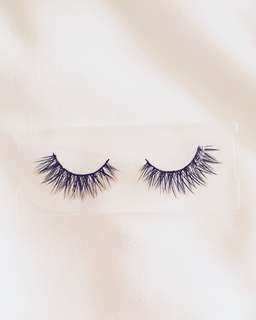 NP03 - Premium Hair Lashes (Flirty Look)