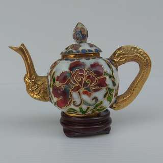 Vintage Decorated Chinese Cloisonne Pumpkin Shape White Tea Pot With Pattern of Peony