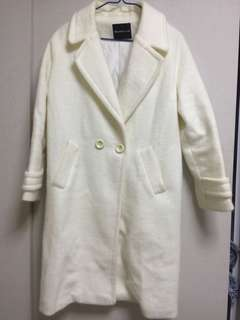 白色外套 white coat