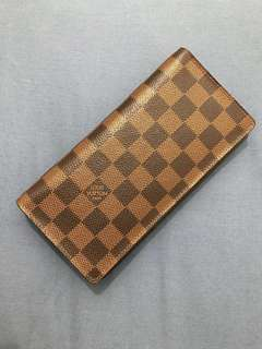 Louis Vuitton mens/womens Wallet