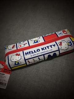 🚚 HELLO KITTY中分長筆袋