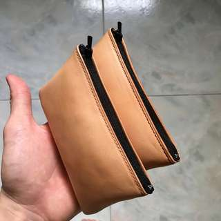 Handmade vegetable tanned leather pouch