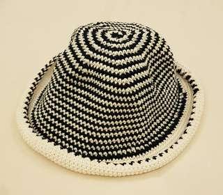 Topi Sun Hat utk ke pantai / jj