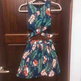 🚚 綠花兩件式短版洋裝