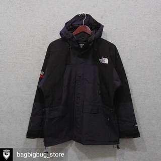 TNF Snowboard Jacket Size : M