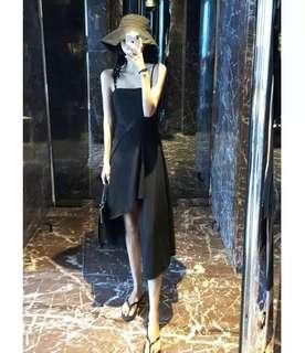 ins超火 設計感立體裁剪 不規則 暗黑系女人味吊帶收腰拼接連衣裙