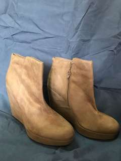 Forever 21 wedged boots