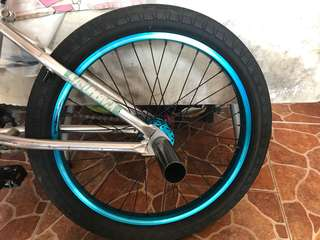 Affix rear wheelset