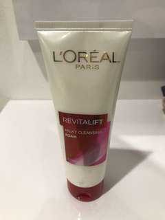 Loreal Milky Cleansing Foam