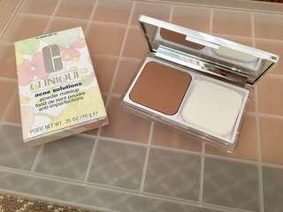 """BNIB Clinique Acne Solution Powder in """"14 Vanilla"""""""