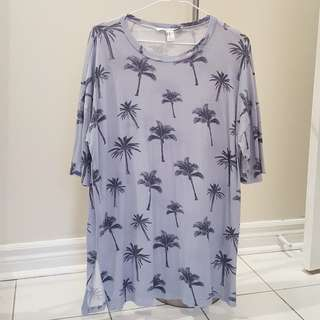 Long shirt with palm tree design