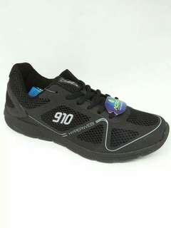Sepatu running Agito