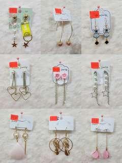 Earrings RM8
