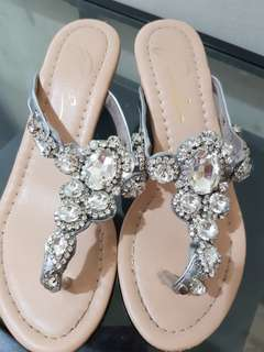 🚚 水鑽(非塑膠鑽)夾腳楔型鞋