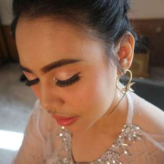 Makeup Artis (MUA with High end product harga EKONOMIS)