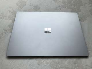 Surface Laptop 8/256 銀