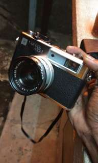 45MM Yashica MG-1 JAPAN MADE ANTIQUE CAMERA
